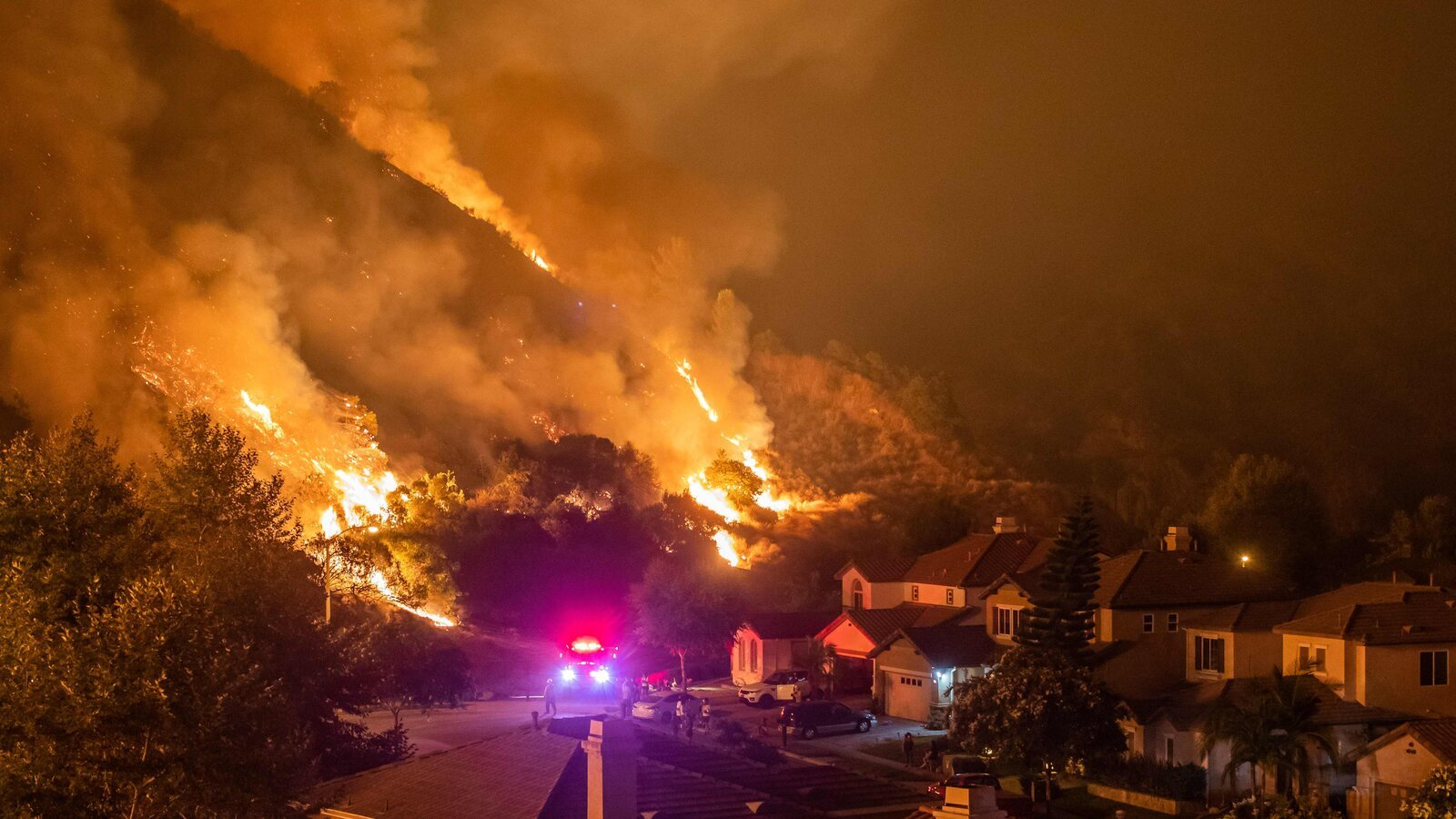 California forbids insurance carriers from leaving fire-prone communities for 1 more year